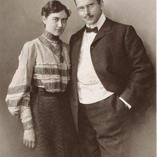 Emma Jung (born Emma Rauschenbach; 1882.03.30. –  1955.11.27.) un K.G.Jungs. 1913.gada fot